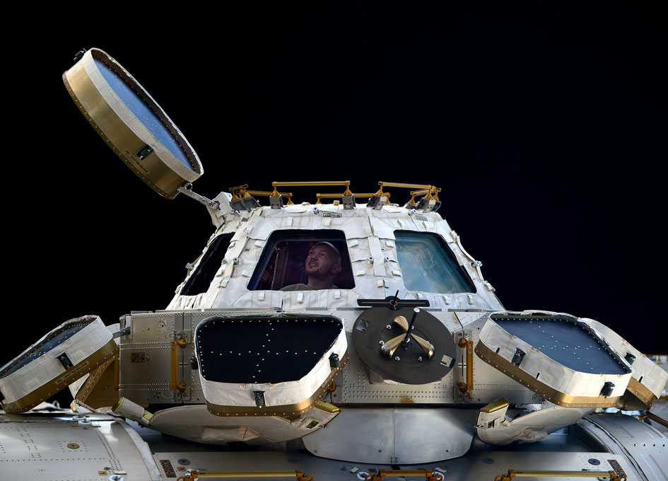 New Crew Arrives at Space Station to Continue Scientific ...