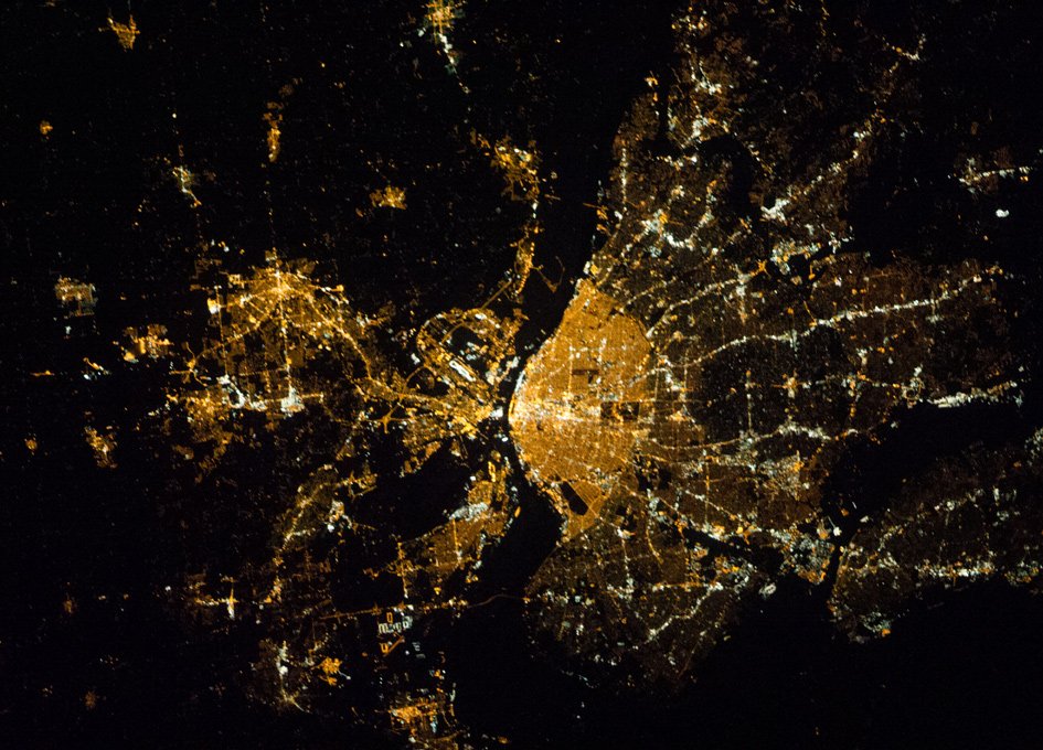 St Louis At Night As Seen From Orbit Spaceref
