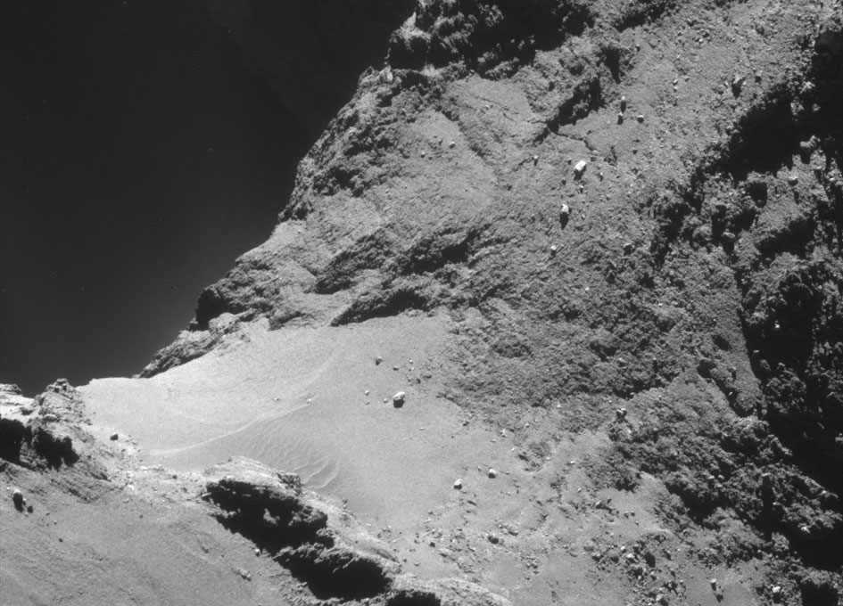 New High Resolution Imagery of Comet 67P/C-G - SpaceRef