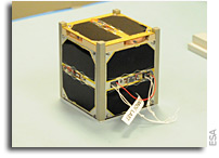 http://images.spaceref.com/news/2015/AAUSAT5_CubeSat.jpg
