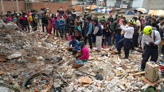 http://images.spaceref.com/news/2015/kathmandu20150508MAIN.jpg