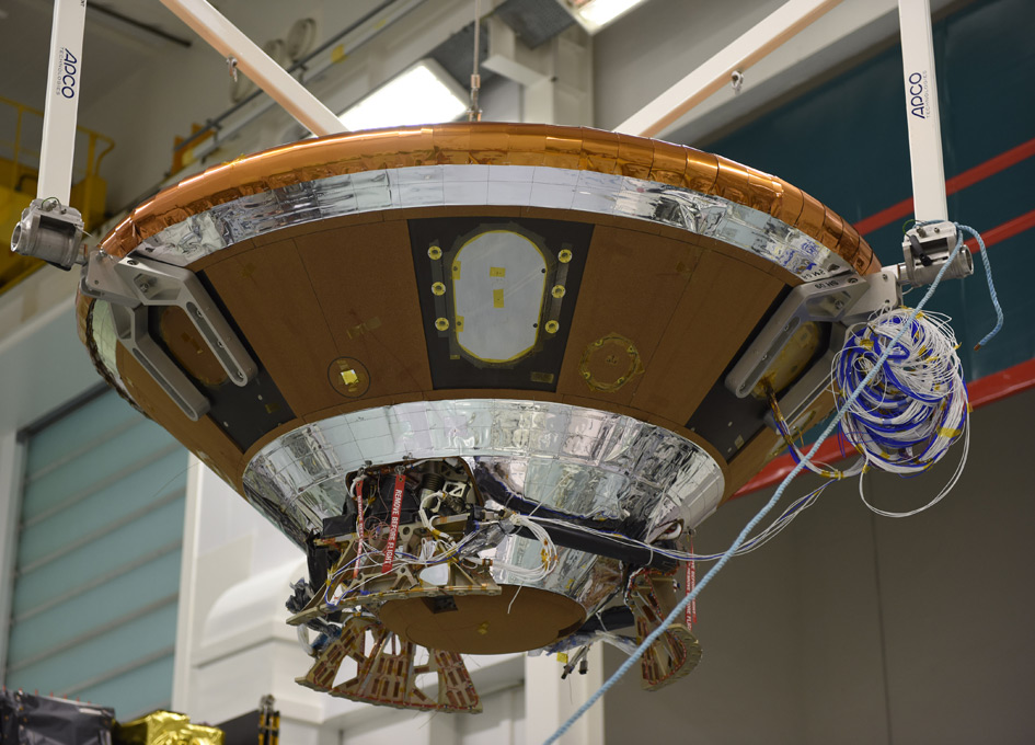 'ExoMars Prepares to Leave Europe for its Launch Site' from the web at 'http://images.spaceref.com/news/2015/ooEDM_module.jpg'