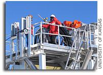 South Pole Detector Shows Success at Neutrino Hunting