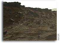Driving up to the Naukluft Plateau on Mars