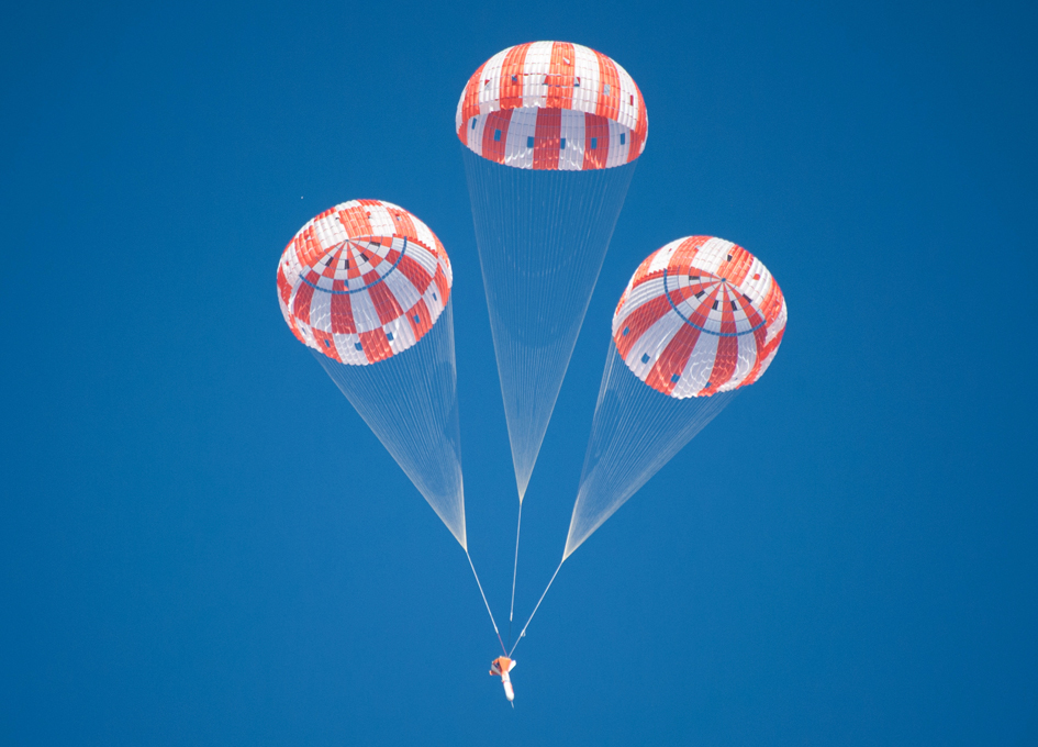 name of nasa parachute - photo #12