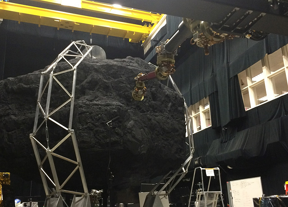NASA Plans to Capture Asteroid for Technology Tests