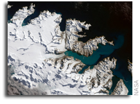 Glaciers Ebb on South Georgia Island