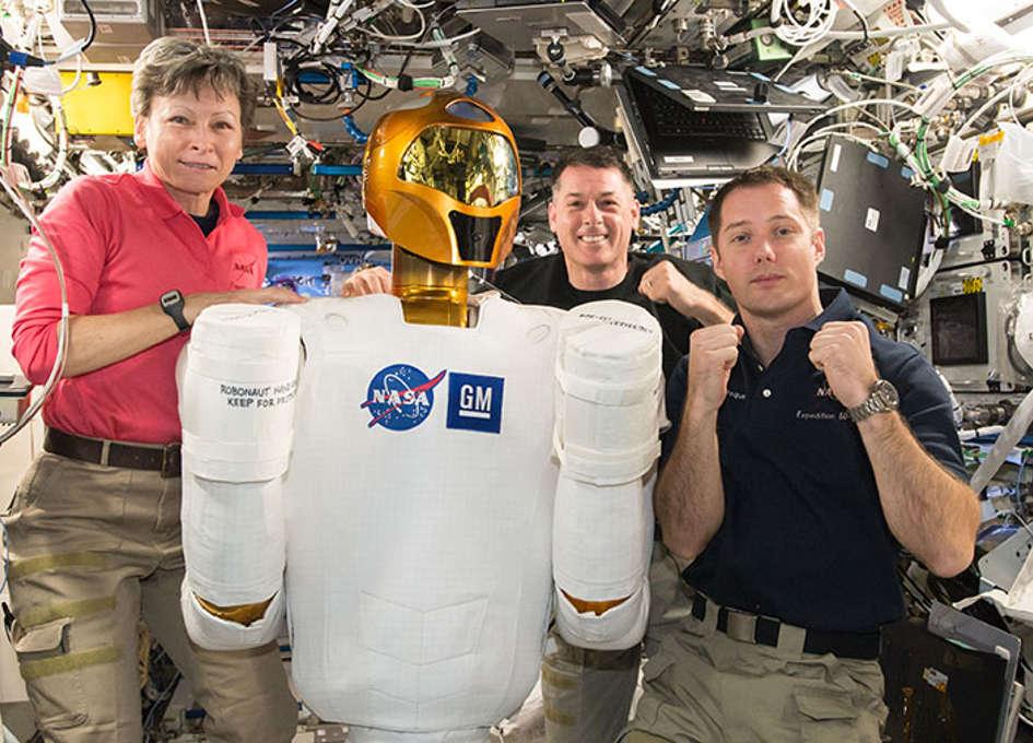 NASA Space Station On-Orbit Status 16 February 2017 - Dragon Capture Test and Robonaut Maintenance
