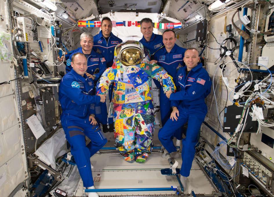 NASA Space Station On-Orbit Status 16 November 2017 - Toilet Maintenance