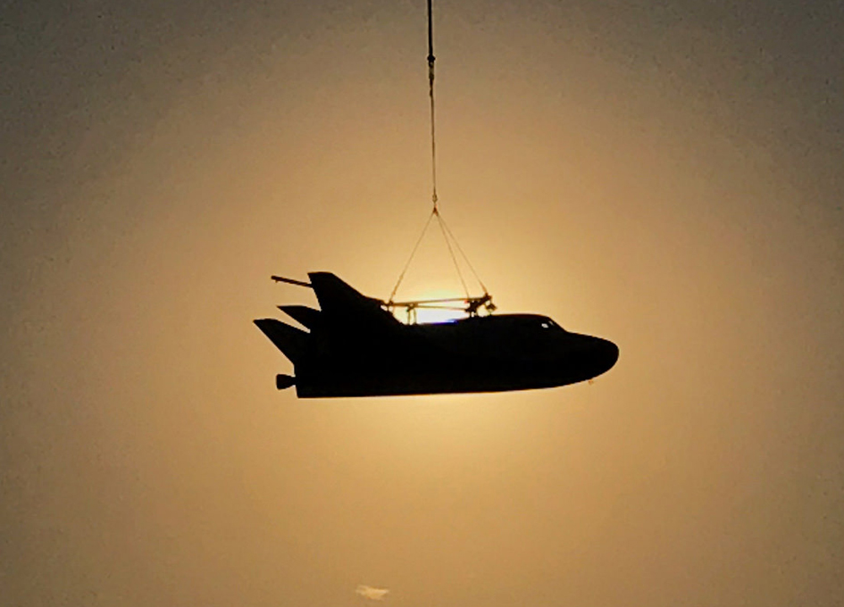 Sierra Nevada's Dream Chaser Completes Captive Carry Test