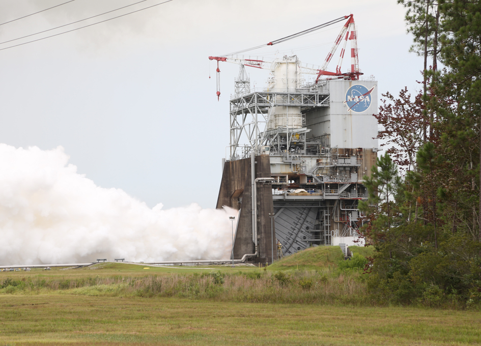 Aerojet Rocketdyne's RS-25 Flight Controller Successfully Tests RS-25
