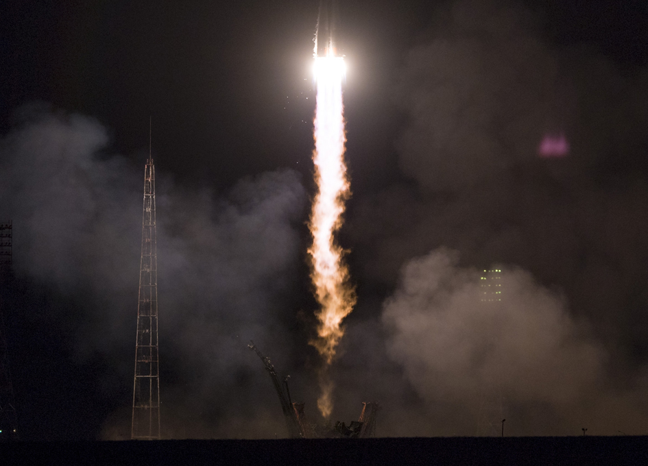 Russian crew blasts of for the ISS from Kazakhstan