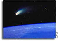 Two Comets to Glow in the Spring Sky