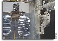 Assessment of Options for Extending the Life of the Hubble Space Telescope: Final Report 2005