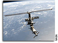 NASA Celebrates 10th Anniversary Of Space Station With Crew News Conference And New Web Content