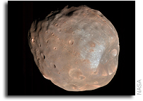 Could The Surface Of Phobos Reveal Secrets Of Mars' Past?
