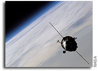 Expedition 10 Relocates Soyuz