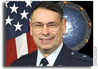 NASA Ames Center Director Receives Arthur C. Clarke Award